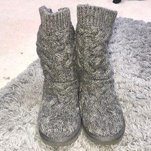 f8ee02c68ac UGG Isla Bootie - Women's - Grey